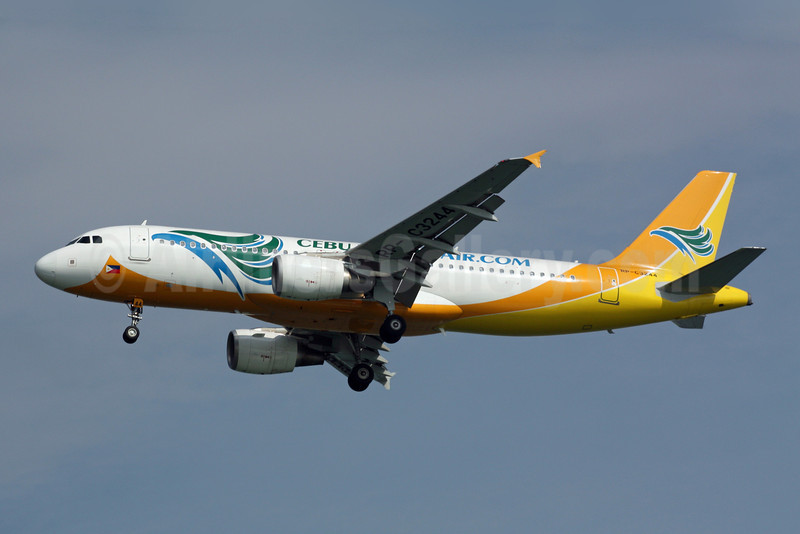 Cebu Pacific Air (Cebu Pacific Air.com) Airbus A320-214 RP-C3244 (msn 3272) SIN (Michael B. Ing). Image: 900952.