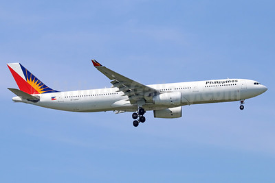 Philippines (Philippine Airlines) Airbus A330-343 RP-C8760 (msn 1510) BKK (Michael B. Ing). Image: 938690.