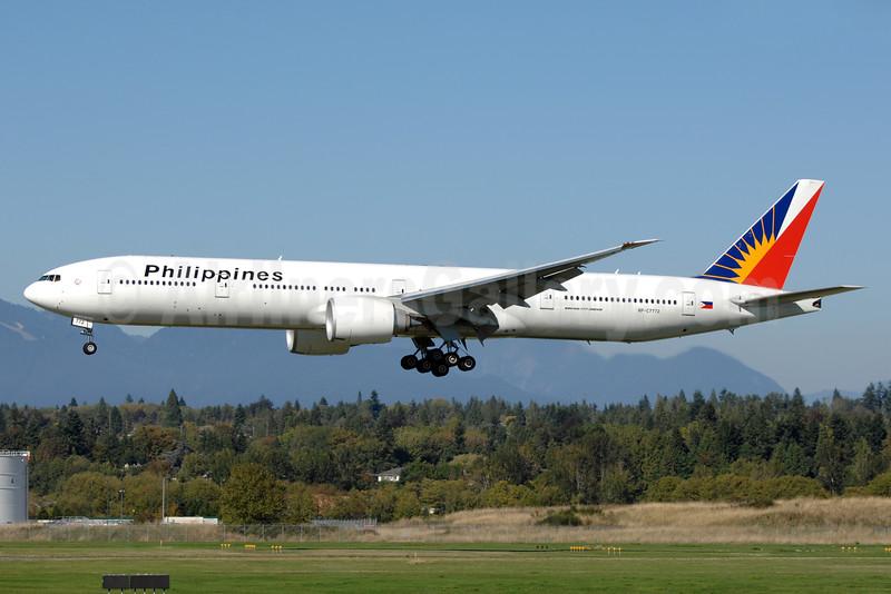 Philippines (Philippine Airlines) Boeing 777-3F6 ER RP-C7772 (msn 38719) YVR (Chris Sands). Image: 929886.