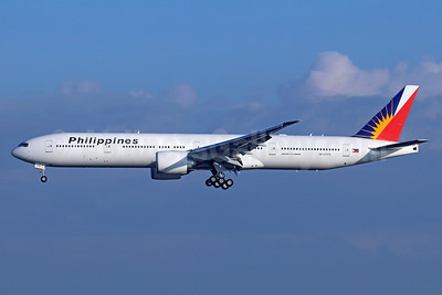 Philippines (Philippine Airlines) Boeing 777-3F6 ER RP-C7779 (msn 61731) LAX (Michael B. Ing). Image: 938687.