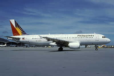 Philippines (Philippine Airlines) Airbus A320-214 RP-C3224 (msn 753) HKG (Rolf Wallner). Image: 935973.