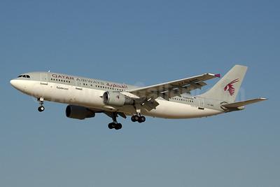 Qatar Airways Airbus A300B4-622R (F) A7-ABN (msn 664) DXB (Ton Jochems). Image: 953898.