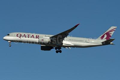 Qatar Airways Airbus A350-941 A7-ALA (msn 006) JFK (Fred Freketic). Image: 934853.