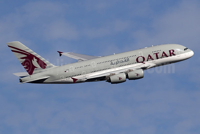 Qatar Airways Airbus A380-861 A7-APD (msn 160) LHR (SPA). Image: 934047.