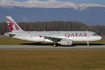Qatar Airways Airbus A320-232 A7-AHG (msn 4615) GVA (Paul Denton). Image: 911708.