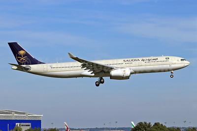 Saudia (Saudi Arabian Airlines) Airbus A330-343X F-WWCR (HZ-AQK) (msn 1462) TLS (Eurospot). Image: 913919.