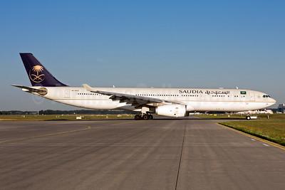 Saudia (Saudi Arabian Airlines) Airbus A330-343 HZ-AQ23 (msn 1774) MUC (Gunter Mayer). Image: 954696.