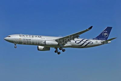 Saudia (Saudi Arabian Airlines) Airbus A330-343 F-WWKP (HZ-AQL) (msn 1513) TLS (Eurospot). Image: 922634.
