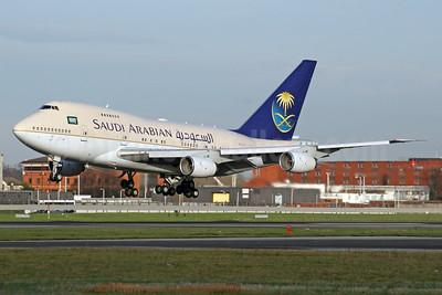 Saudi Arabian Airlines Boeing 747SP-68 HZ-AIJ (msn 22750) LHR (SPA). Image: 940579.