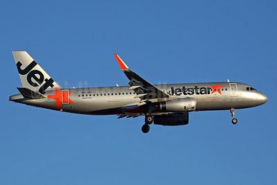Jetstar Asia Airways Airbus A320-232 WL 9V-JSP (msn 5323) PER (Rob Finlayson). Image: 939011.