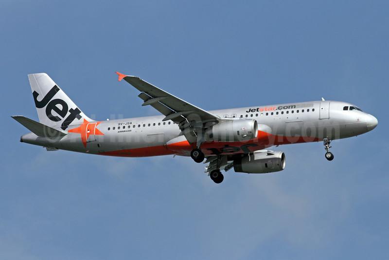 Jetstar Asia Airways (Jetstar.com) Airbus A320-232 9V-JSA (msn 2316) SIN (Michael B. Ing). Image: 900985.