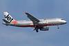 Jetstar Asia Airways-Valuair (Jetstar.com) Airbus A320-232 9V-JSH (msn 2604) SIN (Michael B. Ing). Image: 928061.