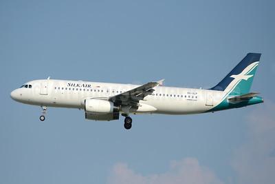 SilkAir Airbus A320-233 9V-SLP (msn 5089) SIN (TMK Photography). Image: 941930.