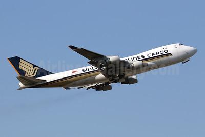Singapore Airlines Cargo Boeing 747-412F 9V-SFM (msn 32898) HKG (Javier Rodriguez). Image: 944405.