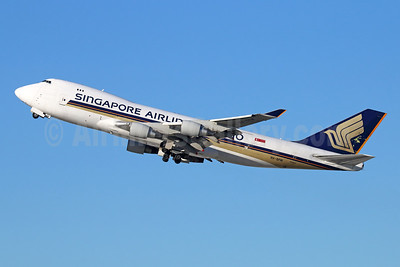 Singapore Airlines Cargo Boeing 747-412F 9V-SFM (msn 32898) LAX (Michael B. Ing). Image: 944406.