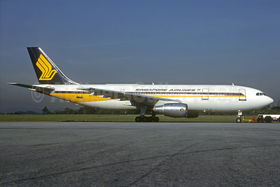 Singapore Airlines Airbus A300B4-203 9V-STH (msn 269) KUL (Martin Hornlimann - Christian Volpati Collection). Image: 933980.