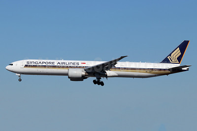 Singapore Airlines Boeing 777-312 ER 9V-SWT (msn 34585) LAX (Michael B. Ing). Image: 955465.