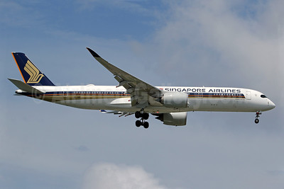 Singapore Airlines Airbus A350-941 9V-SMB (msn 030) SIN (Pascal Simon). Image: 939713.