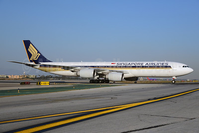 Singapore Airlines Airbus A340-541 9V-SGE (msn 563) LAX (Ton Jochems). Image: 921186.