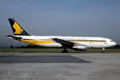 Singapore Airlines Airbus A300B4-203 9V-STB (msn 121) (Fernandez Imaging Collection). Image: 933979.