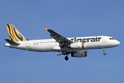 Tigerair (Singapore) Airbus A320-232 9V-TAF (msn 2728) SIN (Michael B. Ing). Image: 938733.