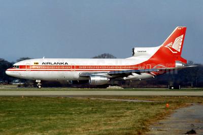 AirLanka Lockheed L-1011-385-3 TriStar 500 4R-ULB (msn 1236) LGW (SM Fitzwilliams Collection). Image: 924833.