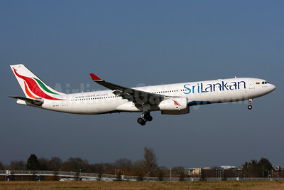 SriLankan Airlines Airbus A330-343 4R-ALP (msn 1669) LHR (SPA). Image: 936920.
