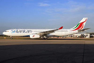 SriLankan Airlines Airbus A330-343 4R-ALM (msn 1583) LHR (SPA). Image: 927710.
