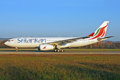 SriLankan Airlines Airbus A330-243 EI-EOK (msn 627) ZRH (Rolf Wallner). Image: 951570.