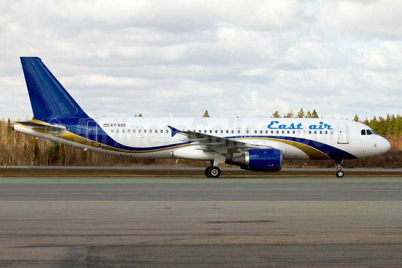 East Air (Tajikstan) Airbus A320-231 EY-622 (msn 325) ARN (Stefan Sjogren). Image: 906272.