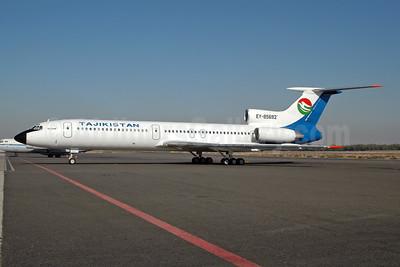 Tajikistan Airlines Tupolev Tu-154M EY-85692 (msn 90A865) SHJ (Ton Jochems). Image: 955544.