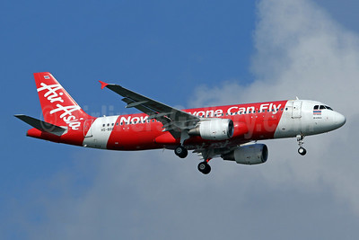 AirAsia (Thai AirAsia) Airbus A320-216 HS-BBB (msn 5353) (Now Everyone Can Fly) SIN (Pascal Simon). Image: 943365.