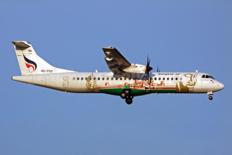 Bangkok Air (Bangkok Airways) ATR 72-212A (ATR 72-500) HS-PGD (msn 833) (Siem Reap) BKK (Jay Selman). Image: 402230.