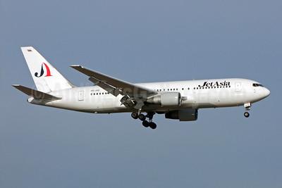 Jet Asia Airways Boeing 767-222 HS-JAB (msn 21868) BKK (Jay Selman). Image: 402259.