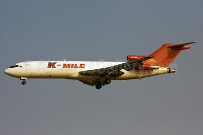K-Mile Air Boeing 727-247 (F) HS-SCH (msn 21700) (Transmile colors) SIN (Ole Simon). Image: 904436.