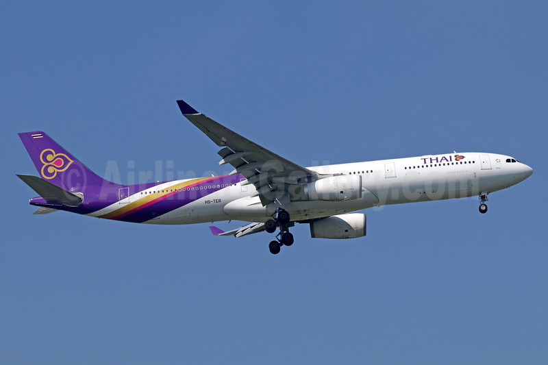 Thai Airways International Airbus A330-343 HS-TER (msn 1060) BKK (Michael B. Ing). Image: 937174.
