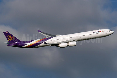 Thai Airways International Airbus A340-642 HS-TNA (msn 677) LHR (SPA). Image: 940548.