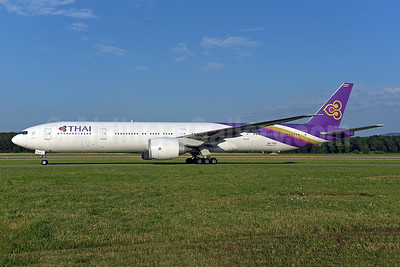 Thai Airways International Boeing 777-3AL ER HS-TKR (msn 41527) ZRH (Rolf Wallner). Image: 942827.