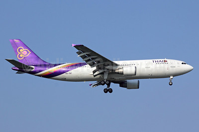 Thai Airways International Airbus A300B4-622R HS-TAT (msn 782) BKK (Michael B. Ing). Image: 911269.