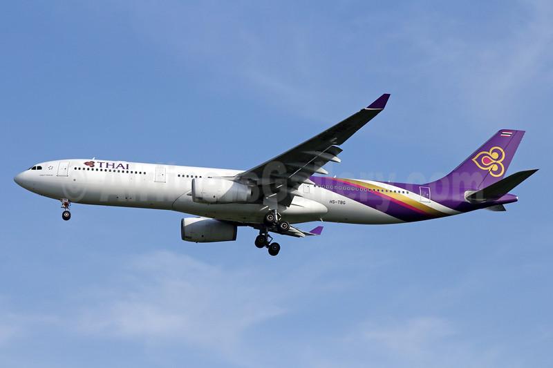 Thai Airways International Airbus A330-343 HS-TBG (msn 1408) BKK (Michael B. Ing). Image: 935173.