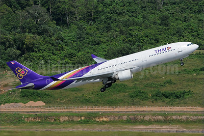 Thai Airways International Airbus A330-321 HS-TEA (msn 050) HKT (Richard Vandervord). Image: 923688.