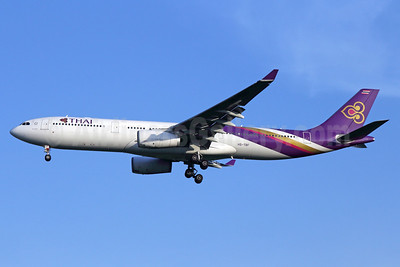 Thai Airways International Airbus A330-343 HS-TBF (msn 1374) BKK (Michael B. Ing). Image: 935693.