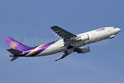 Thai Airways International Airbus A300B4-622R HS-TAX (msn 785) BKK (Michael B. Ing). Image: 911272.