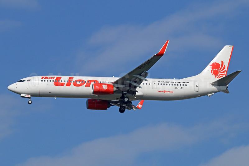 Thai Lion Air Boeing 737-9GP ER WL HS-LTH (msn 38739) DMK (Michael B. Ing). Image: 925574.