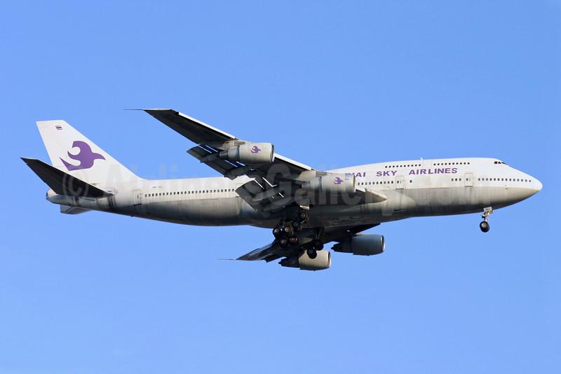 Thai Sky Airlines Boeing 747-206B HS-AXJ (msn 21659) DMK (Poowin Bunyavejchewin). Image: 921673.