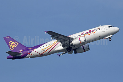 Thai Smile (Thai Airways International) Airbus A320-232 HS-TXB (msn 5248) BKK (Michael B. Ing). Image: 910389.