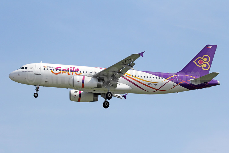 Thai Smile (Thai Airways International) Airbus A320-232 HS-TXB (msn 5248) BKK (Michael B. Ing). Image: 945382.