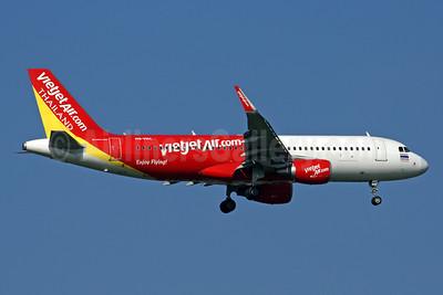 Vietjet Air Thailand (VietJetAir.com) Airbus A320-214 WL HS-VKC (msn 6878) BKK (Rob Finlayson). Image: 936264.