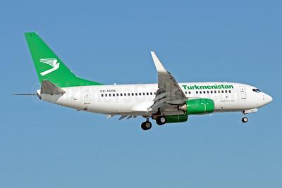 Turkmenistan Airlines Boeing 737-7GL WL EZ-A006 (msn 37235) DME (OSDU). Image: 923726.
