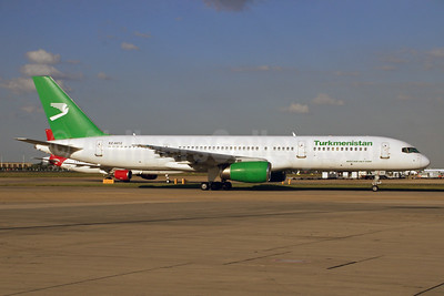 Turkmenistan Airlines Boeing 757-22K EZ-A012 (msn 28337) LHR (SPA). Image: 903072.